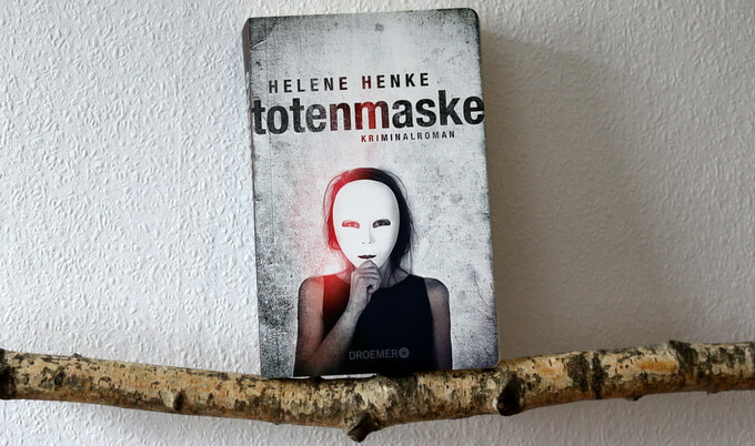 "|Crime| ""totenmaske"""