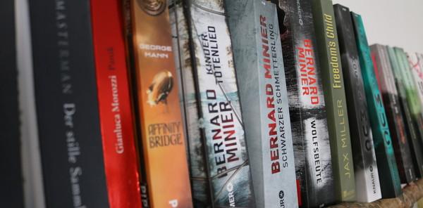 books-1-n