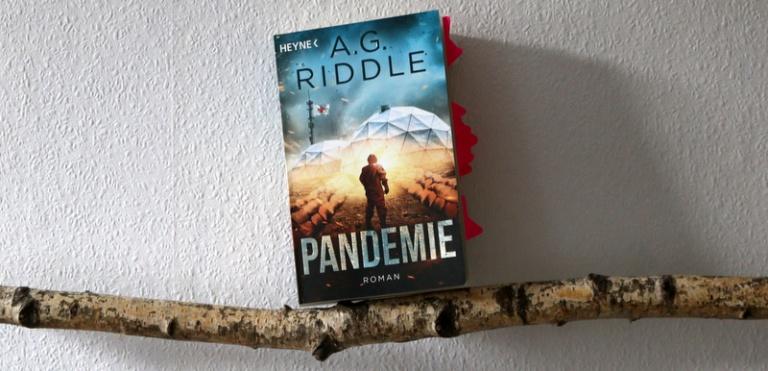 """ SciFi  """"Pandemie"""""""