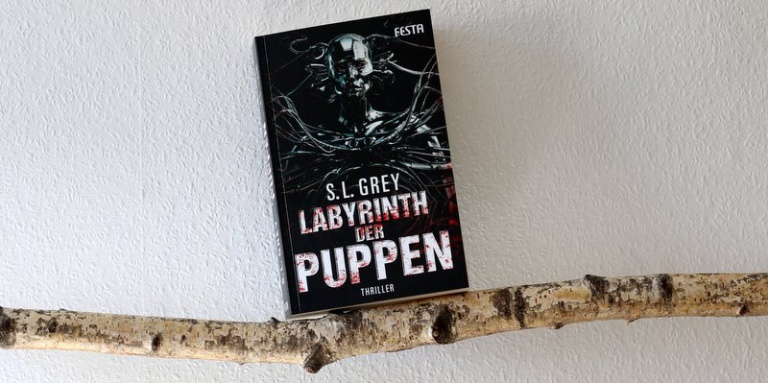 "|Horror| ""Labyrinth der Puppen"""